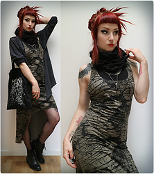 Rabbit Heart - Plazmalab Dress, Hand Knitted By Me Neckwarmer, Vagabond Shoes - Rain in June