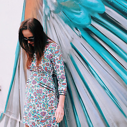 Alice Tatton-Brown - Tom Ford Sunnies, Archive By Alexa Dress - Prints & patterns