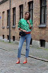 Isabella Pozzi - Zaful Embroidery Bomber Jacket - Zaful Embroidery Bomber