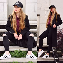OFFMODELS - Adidas Shoes, Adidas Cap, Second Hand Coach, Second Hand Shirts, Stradivarius Jeans - ADIDAS LOOK