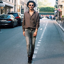 Badr Daou - Ikks Chelsea Boots, L'usine à Lunettes Sunglasses - LET ME TELL YOU THE STORY