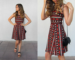 Emilia M. - H&M Dress, Creeks Sandals - Aztec vibes