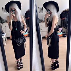 Kimi Peri - Public Desire Sylvie Platform Sandals, Dolls Kill Book Of Spells Bag, Vintage Turquoise Stone Pendant, Black Moon Crescent Necklace, H&M Witchy Hat, Mxci Witchcraft Midi Dress - The Black White Witch