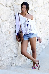 Konstantina Antoniadou - Miss Sixty Denim Shorts - Island colors