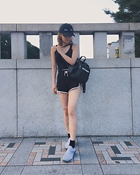 Chiemi Ito - Opening Ceremony Baseball Cap, Monki Top, Monki Shorts, Adidas Shoes, Unif Bag - I can see you