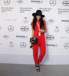 "Caterina Catalano - Zara Overall, Zara Shoulder Bag, Zara Heels, Zirbelstore Augsburg Hat ""Zirbel Hat Caterina"" - Mercedes Benz Fashion Week"