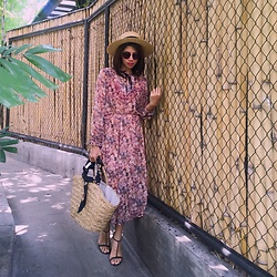 Cassey Cakes - Mango Dress, H&M Hat, H&M Sandals, H&M Straw Bag, H&M Silk Scarf - Indigenous