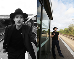 Patrick Pankalla - Weekday Oversized Blazer, Comme Des Garçons T Shirt, H&M Fedora Hat, Weekday Oversized Suit Trousers, Marc Jacobs Sneakers - Lost In Transit