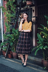 Shanice Koh - Vintage Skirt - Because old is gold.