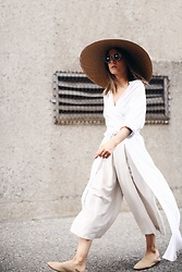 Elif Filyos - The Dreslyn Straw Hat, Rodebjer Art Shirt Dress, Oak+Fort Linen Culottes, Zara Suede Babouches - Mushroom Cloud