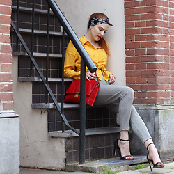 Sonja Vogel - Comma Fashion Bandana, Takko Yellow Blouse, Vintage Pied De Poule Pants - Bandana Obsession