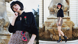 Amy Roiland - Valfre Jacket - A hint of red //