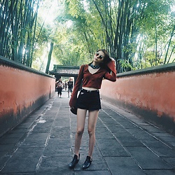 Cherry Mui - Forever 21 Top, Missguided Black Denim Shorts, Nasty Gal Shades, Zara Boots, Topman Bandanna - Boho Red