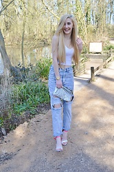Isobel Thomas - Dealsale App Butterfly Heels, Boohoo Boyfriend Jeans, Ebay Silver Sequin Clutch, New Look Watch, Topshop White Cropped Cami - Dressed Up Casual