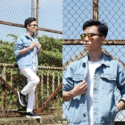 Arif Supandy - Ray Ban Sunglasses, Levi's® Blue Jacket Jeans, A Coup D' Etat Leather Sneaker - Bright Day