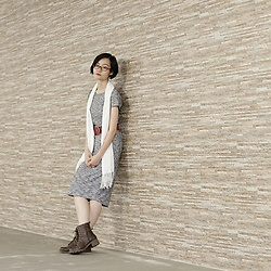 Ren Rong - Cotton On Dress, Accessorize Belt, Steve Madden Boots - Heather Grey