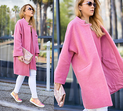 Silver Girl - Michael Kors Leather Clutch, Mango Pink Coat, Mango Holographic Sneakers, Zara Rose Gold Sunglasses, Massimo Dutti White Jeans, Mango Lace Blouse - FLAMINGO