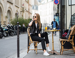 Alina Melnik - Ray Ban Gold Black Glasses, J Brand Black Pants, Moschino Leather Jacket - Healthy morning in Paris