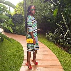 Liz Lizo - Céline Dress, Chanel Bag, Aquazzura Heels - Blending in