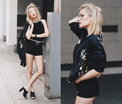 Chloe From The Woods - Sheinside Black Pockets Zipper Front Embroidery Jacket, Sheinside Black Spaghetti Strap Contrast Trims Cami Top, Zerouv Retro Full Metal Aviator Sunglasses With Clear Lenses Glasses - TOKYO DRIFT