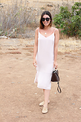 Frederica Ferreira - Bershka Dress, Zara Bag, Zara Babuchas, Tous Necklace, Pimkie Sunglasses - Dress day