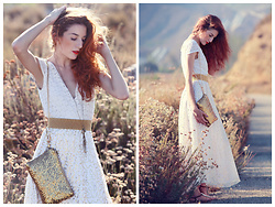 "Rose Pendleton - Sammydress.Com Gold Sequin Clutch/Bag, Forever 21 Gold Chain Necklace, Payless White Sandals, Lularoe Gold Sequin Maxi Skirt, Biology Boutique Cream ""Top"" Dress - Gold Dusk"