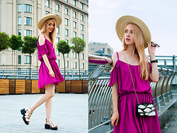 Anna Pogribnyak - Lookhunter Dress, Choies Bag, Star Harvest Ring, Vagabond Sandals, Topshop Hat - Fuchsia dress