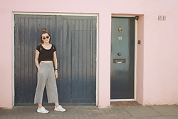 Georgie J - Missguided Crop, Topshop Pleated Trousers, Adidas Ultra Boost - Notting Hill