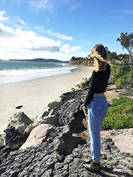 Katie Van Daalen Wetters - Forever 21 Cropped Sweater, Levi's® Vintage 501 Levi's, Chloé Susanna Boots - Santa Barbara Summers
