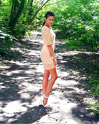 StylJustine -  - Lace dress
