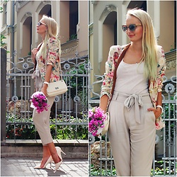 Madara L - Choies Floral Blazer, Ebay White Quilted Bag, Cortefiel High Waisted Pants, Quiz Clothing Pointy High Heels, Jimmy Choo Designer Sunglasses - Summer city style