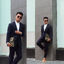 Michael Macalos - Free Beer Friday Clutch Bag, Uniqlo Suit - Dapper Essentials