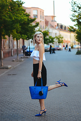 Bari Bircak - Sammydress Top, Lidl Culottes, Guess Bag, Topankovo Shoes - KING BLUE BAG & SHOES