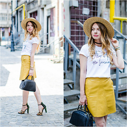 Julie P - Shein Skirt, Zaful Bag, H&M Straw Hat, Zara Sandals - The mustard skirt
