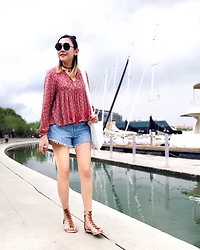 Carrie Tong - Zara Pom Pom Tunic, Gap Ripped Denim Shorts, Designer Shoe Warehouse Gladiator Sandals, Karen Walker Round Sunnies - Summer vibes