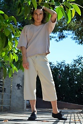 Enea Nastri - Zara Cropped Sweater, Topshop Culottes, Vans Black Sneakers - Summer Shade