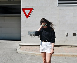 Leandra G - American Apparel Cropped Sweater, Zara Shorts - Florida