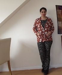 Selina - Self Made Heart Print Jumpsuit, New Look Floral Kimono - Let's take a disco nap