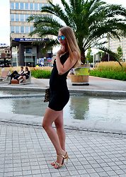 Ania Zarzycka - Gamiss Dress, Kazar Sandals - Good day sunshine