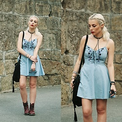 Cátia Gonçalves - Zaful Embroidered Denim Dress, Dr. Martens Docs - True perfection has to be imperfect