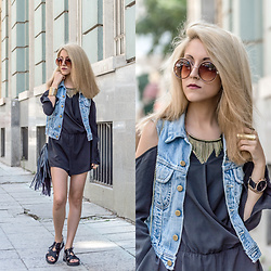 Diana Manolova - H&M Black Overalls, H&M Fringe Bag, Six Necklace, Six Watch, Unknown Round Sunglasses, Unknown Denim Vest - Black Overalls