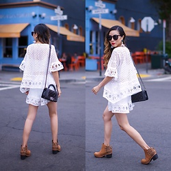 Sasa Zoe - Top, Shorts, Boots, Earrings, Bag, Sunglasses - SUMMER WHITES