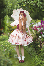 Saija Sasetar - Baby The Stars Shine Bright Frilly Parasol, Long Ears And Sharp Ears' Studio Dark Red Headbow, Gothic Lolita Wigs Auburn Rhapsody Wig, Lolita Collective Frilly White Summer Blouse, Long Ears And Sharp Ears' Studio Museum Of Fairy Jsk, Bobon21 White Frilly Lace Socks - Garden stroll