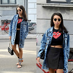 Daphne Blunt - Commes Des Garcons Red Heart T Shirt, Zara Denim Coat/Jacket, Miu Ballet Flats, Chanel Black Flap Bag, Theory Black Mini Wrap Skirt, Ray Ban Round Sunglasses - Denim In Denmark