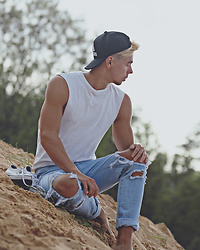 Edgar - H&M White Sleeveless Top, Adidas Black Cap, Broken Hole Narrow Feet Jeans, Adidas White Sneakers - SUN, SEA AND SAND