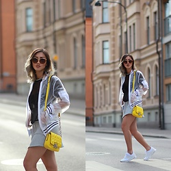 Louise Xin - Karl Lagerfeld Bag, Topshop Transparent Bomber Jacket, Gina Tricot Grey Skater Skirt, Gucci Sunglasses, Nike Air Max Thea All White - Be sneaky