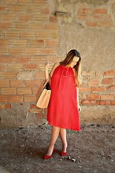 Emma MAS - Fashionmia Dress, Stradivarius Heels, H&M Shopper Bag - Red,red, red