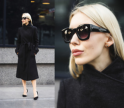 Margo Bryksina - Follow My Eyes Coat, Zerouv Sunglasses - Going Dark Grey