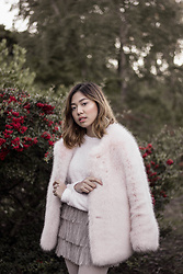 Jeline Catt - Faux Fur Coat - COTTON CANDY