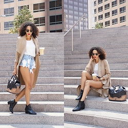Shemmai Torres - Asos Boots, Levi's® Hi Wasited Shorts, Gap White Tee, Gamiss Coat, Ray Ban Clubmasters - Casual ~ Gamiss Look 1